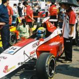 asian-renaults-007_65686271_o