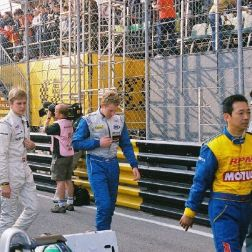 drivers-on-f3-grid-001_65698336_o
