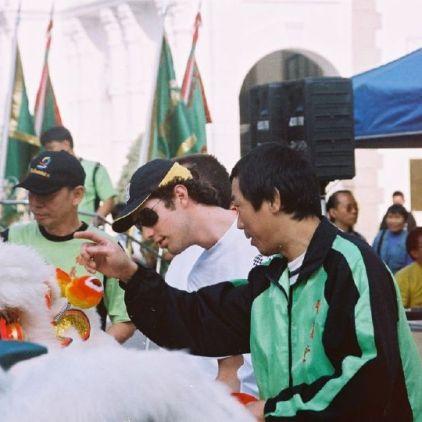 lion-dancers-and-bruno-senna-001_64665564_o