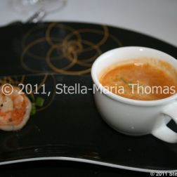 restaurant-nuvolari---lobster-bisque-prawn-002_5907330267_o