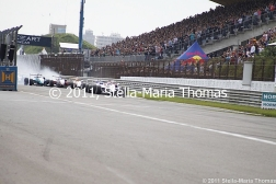 2011-masters-of-f3-start-crash-002_6053964075_o