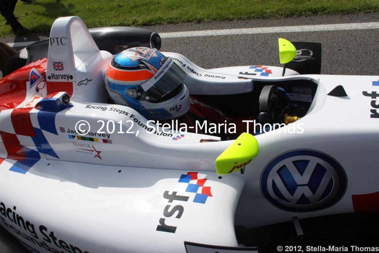 2012 British F3 International Series Rounds 21-22, QualifyingReport
