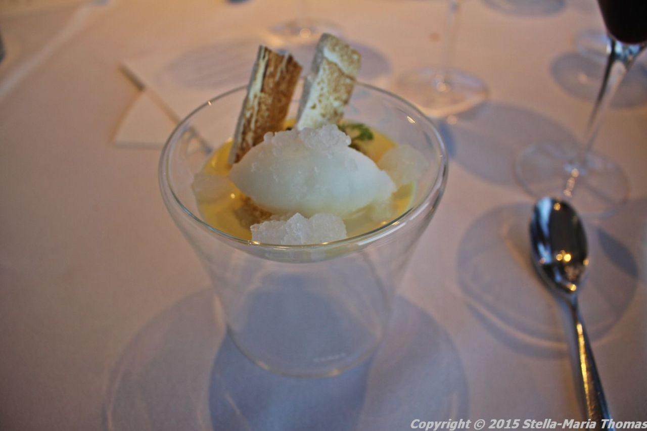 BT TOWER 50TH BIRTHDAY, LEMON POSSET, BURNT MERINGUE, LEMON SORBET, BAY LEAF GRANITA 028