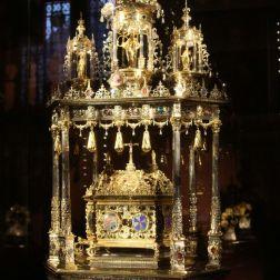 basilica-of-the-holy-blood-bruges-015_23167738994_o