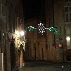 bruges-at-night-saturday-001_23687330812_o