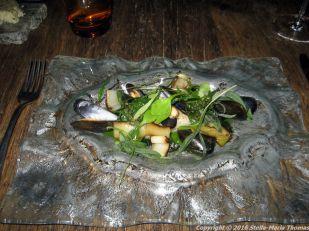 bruut-sea-bass-mussels-burnt-leeks-purlsane-005_23687911772_o