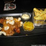 cafe-cinq-satay-and-friets-005_25681647835_o