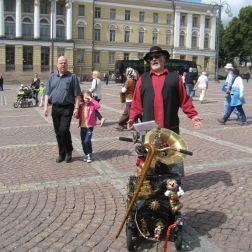 CITY WALK, HELSINKI 052