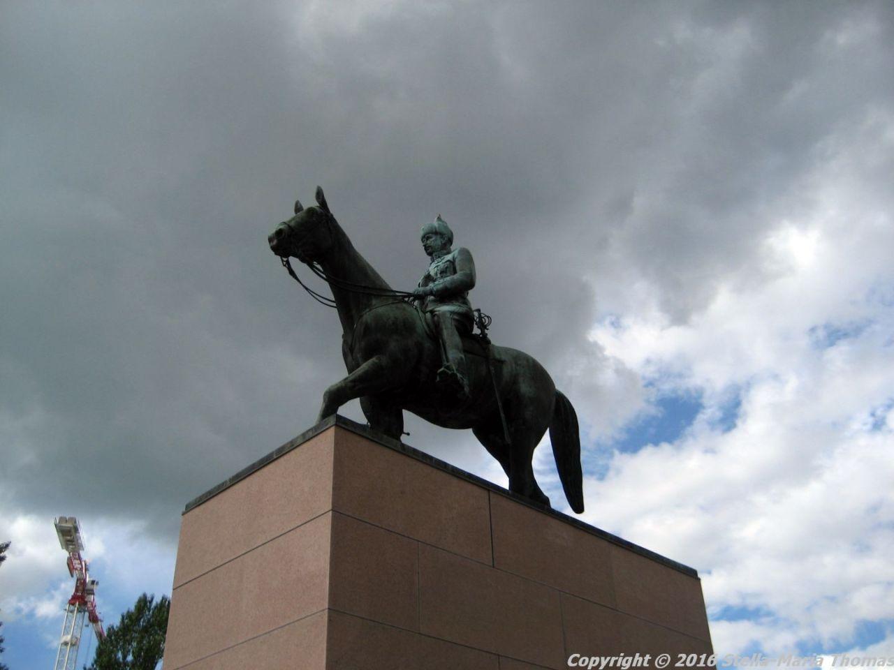 CITY WALK, HELSINKI 058