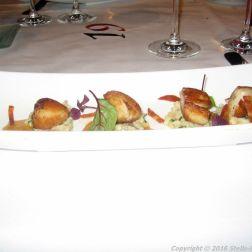 de-florentijnen-scallops-parmesan-risotto-green-herbs-chorizo-006_23500077570_o