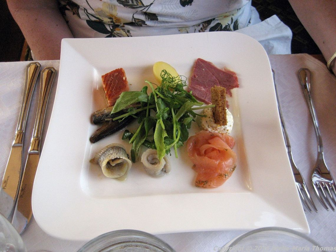 DINNER CRUISE, HELSINKI, MEAT AND FISH STARTER PLATE 013
