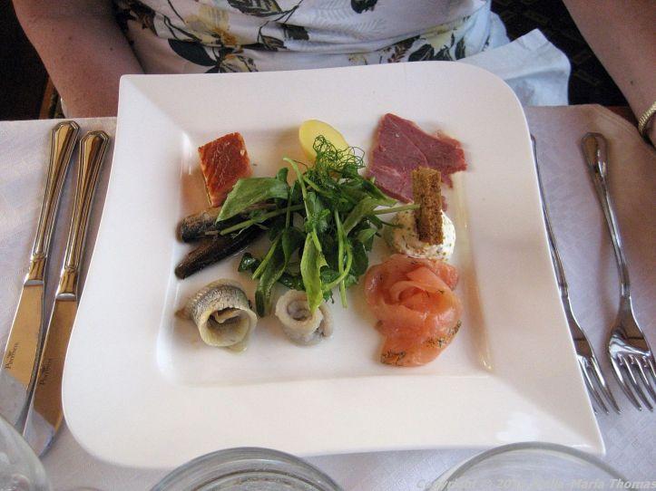 DINNER CRUISE, HELSINKI, MEAT AND FISH STARTER PLATE 013