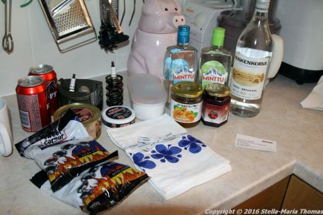 GOODIES AND SOUVENIRS FROM FINLAND AND BELGIUM 003