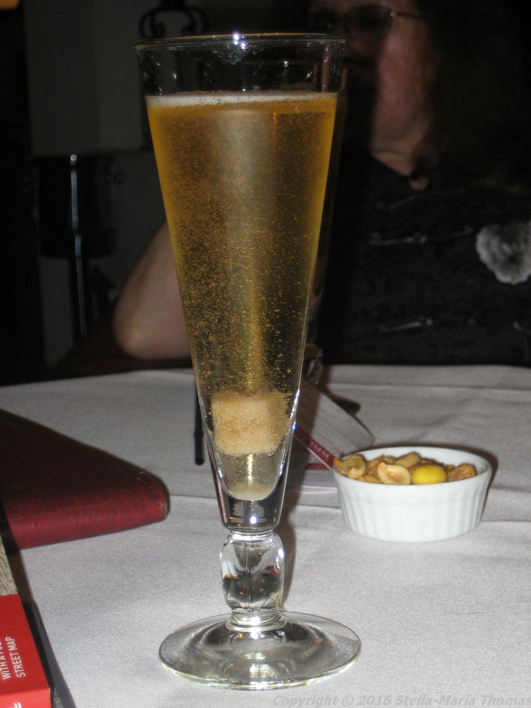 hotel-de-medici-classic-champagne-cocktail-001_23795828045_o
