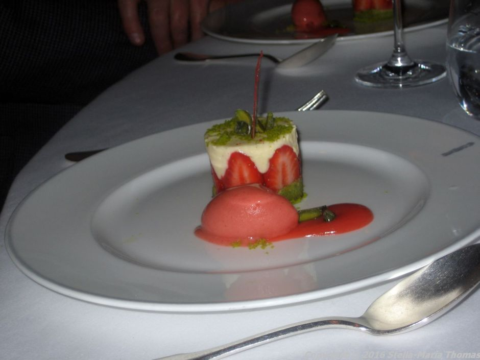 LE GAVROCHE, STRAWBERRY AND PISTACHIO 008