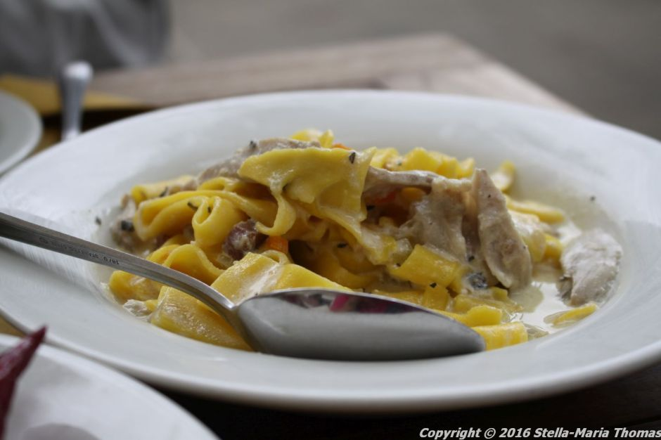POLPO, FRESH PAPPARDELLE, RABBIT AND PANCETTA RAGU 006