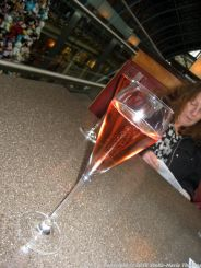 searcys-champagne-bar-rose-champagne-012_23769673186_o