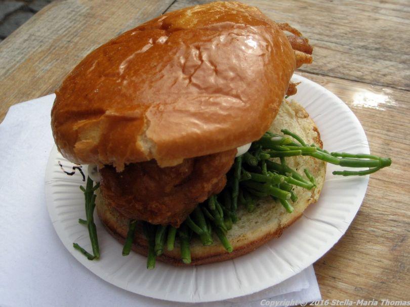 crabbieshack-deep-fried-soft-shell-crab-burger-006