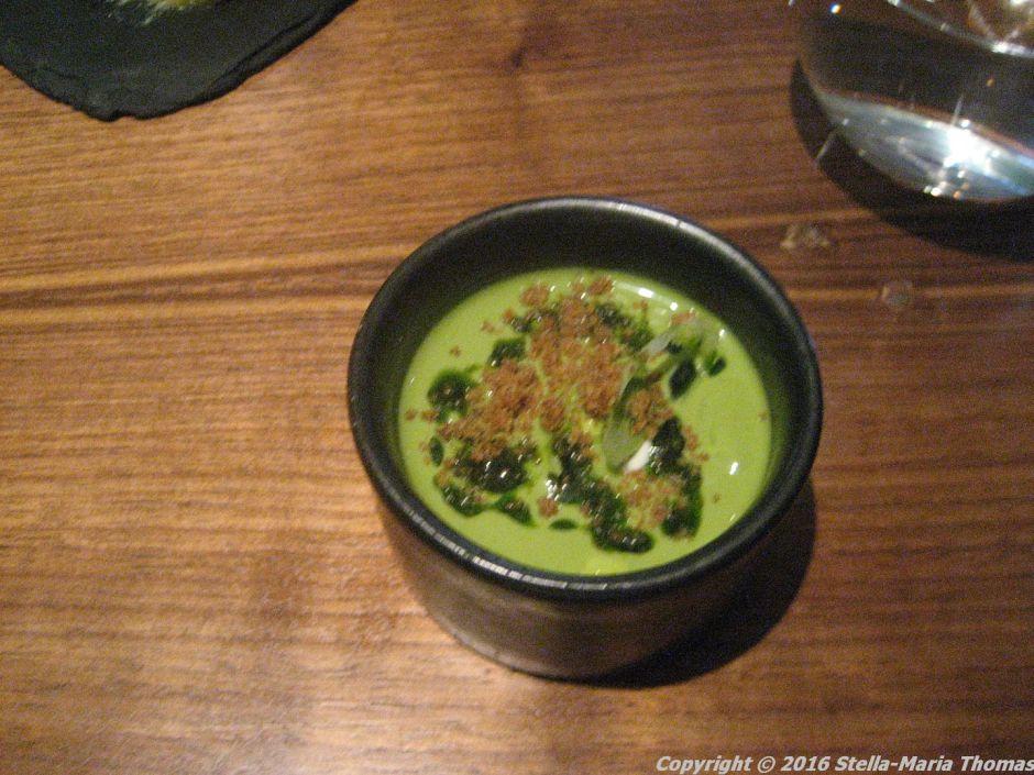 lautre-pied-chilled-pea-mint-soup-ricotta-lemon-spring-onion-002