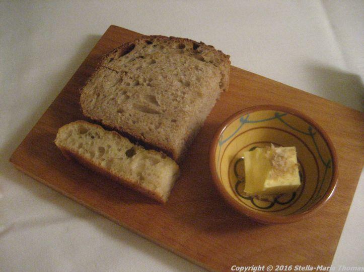 vine-house-october-2016-bread-004
