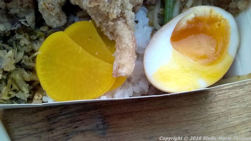 bian-dang-crumbed-oyster-mushrooms-short-grain-rice-pickles-stir-fried-vegetables-shitake-mushroom-sauce-and-marbled-tea-egg-005