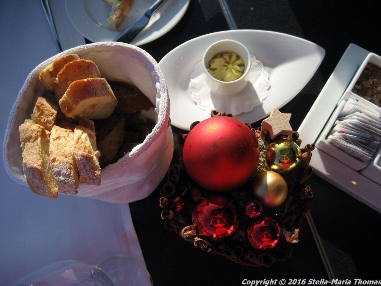 dachgarten-restaurant-reichstag-bread-berlin-001