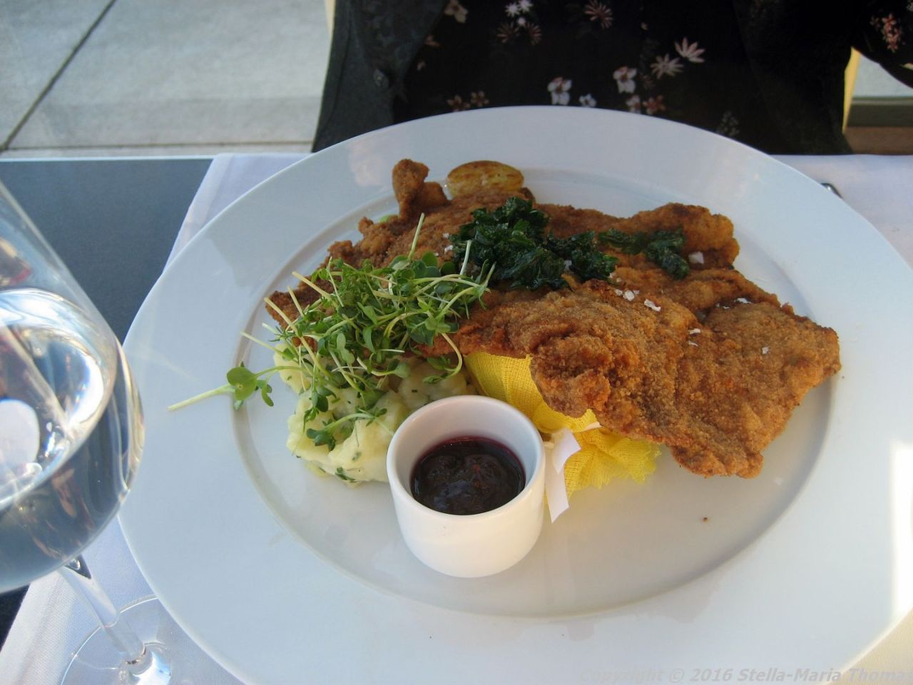 dachgarten-restaurant-reichstag-breaded-veal-schnitzel-potato-leek-salad-roasted-la-ratte-potatoes-wild-cranberries-berlin-007
