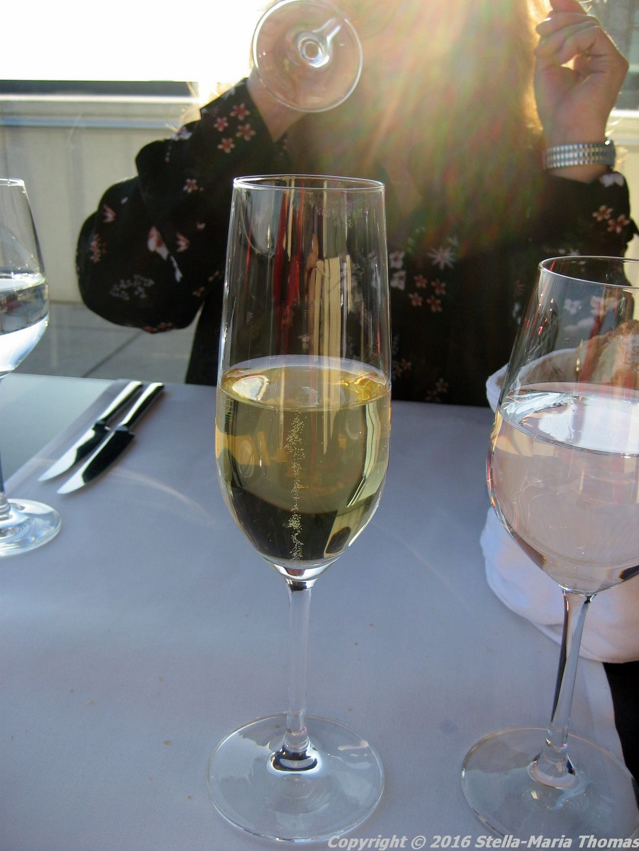 dachgarten-restaurant-reichstag-sekt-berlin-002