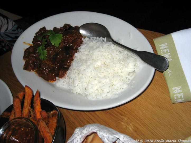 neni-caramelised-aubergine-with-ginger-and-chili-and-basmati-rice-berlin-006