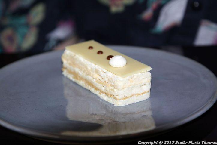 christianslot-tower-cafe-almond-cake-006