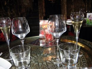 crazy-bear-stadhampton-champagne-001