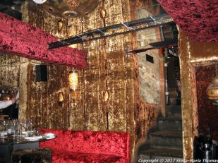crazy-bear-stadhampton-thai-restaurant-002