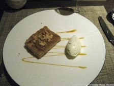 galvin-at-the-athenaeum-pear-and-almond-tart-vanilla-cream-012