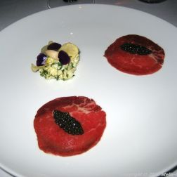 alberto-k-raw-beef-osietra-caviar-pickled-asparagus-potato-014