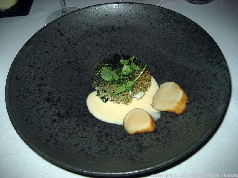 alberto-k-scallop-spinach-crisp-bread-champagne-sauce017