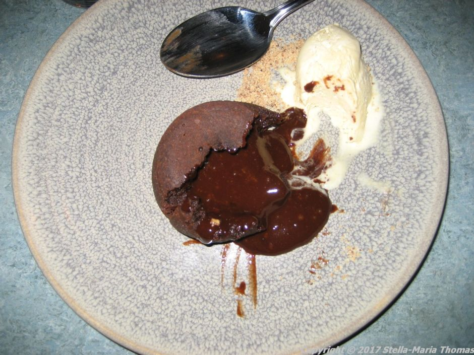 adendum-chocolate-fondant-and-vanilla-ice-cream-007