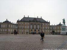 changing-the-guard-at-amalienborg-002