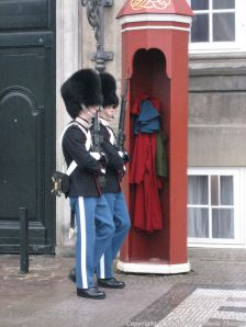 changing-the-guard-at-amalienborg-006