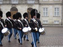 changing-the-guard-at-amalienborg-012