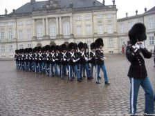 changing-the-guard-at-amalienborg-015