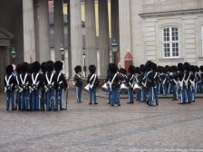 changing-the-guard-at-amalienborg-021