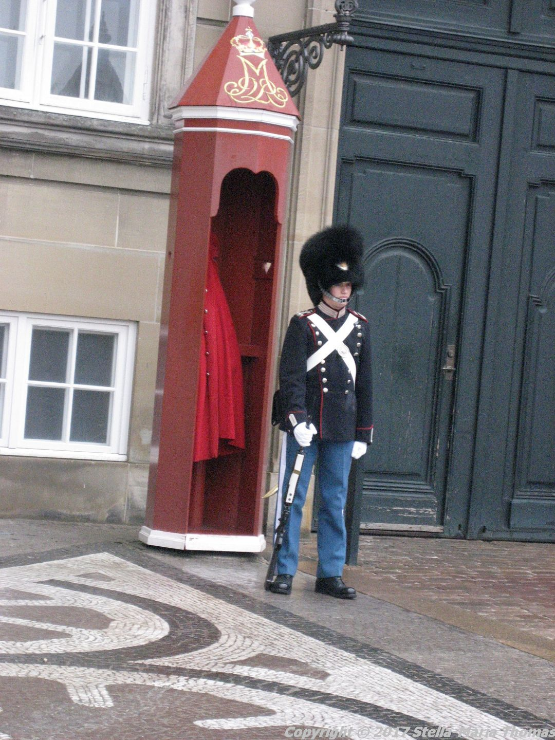 changing-the-guard-at-amalienborg-024