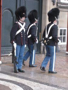 changing-the-guard-at-amalienborg-031