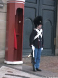 changing-the-guard-at-amalienborg-033