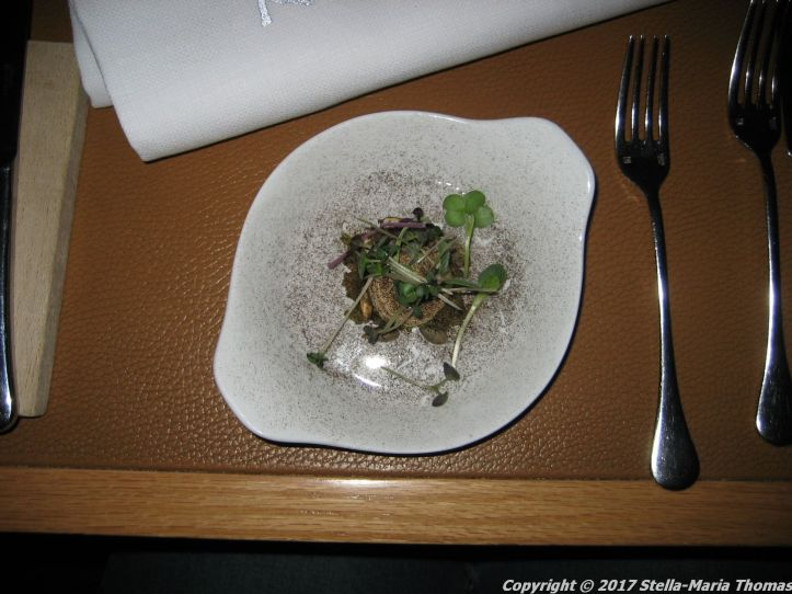 kanalen-turbot-mousse-with-capers-cornichons-and-mushroom-dust-004