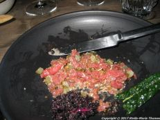 nabo-nabos-tartare-grilled-kale-crunchy-havgus-and-fermented-garlic-006