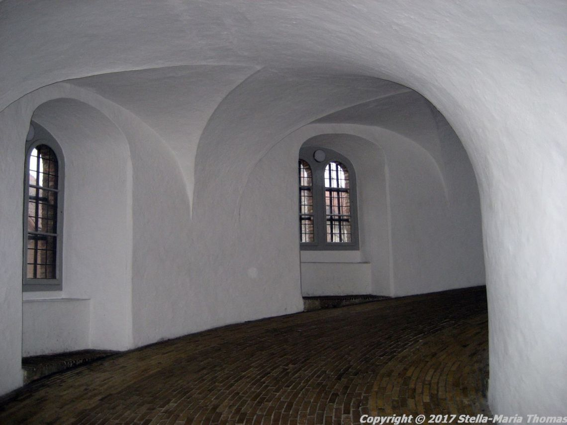 the-round-tower-copenhagen-009
