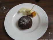 RASCILLS, CHOCOLATE FONDANT, WHITE CHOCOLATE ICE CREAM AND HONEYCOMB 010