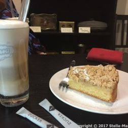 MANDERSCHEID CASTLE CAFE - LATTE MACHIATTO AND APPLE CAKE 001