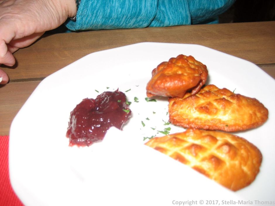 DOBRZ KASZA NASZA, FRIED CHEESE FROM THE TATRAS, CRANBERRY SAUCE 006